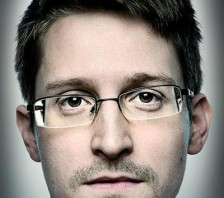 Support whistleblower Edward Snowden with bitcoin